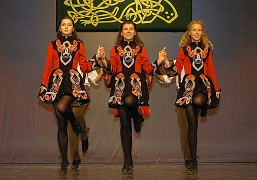 Bailar la danza irlandesa