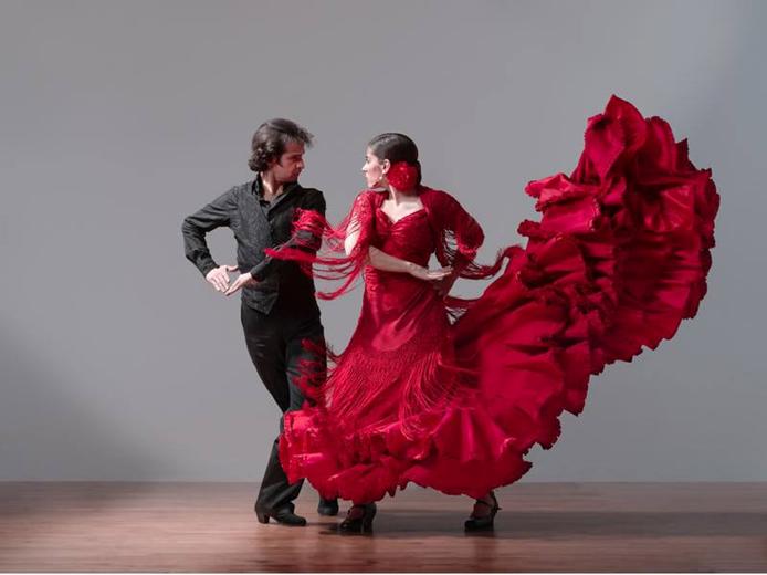 Baile de sevillanas